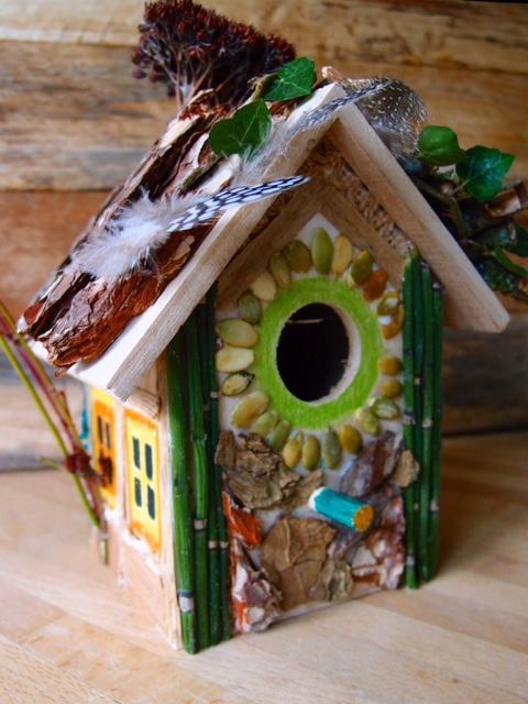 Kinderworkshop vogelhuisje versieren